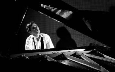 Traduire le génie de Glenn Gould
